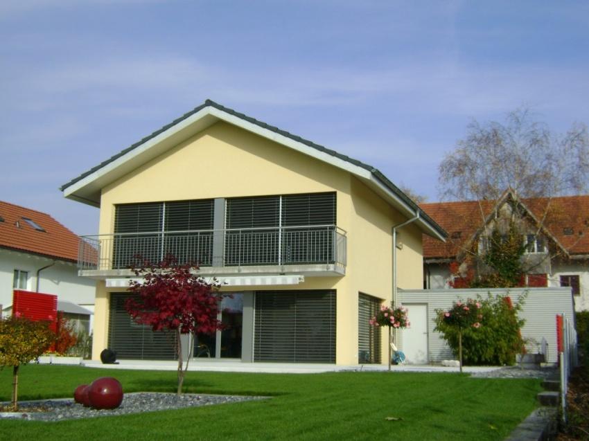 Mathys architektur vinelz for Einfamilienhaus modelle